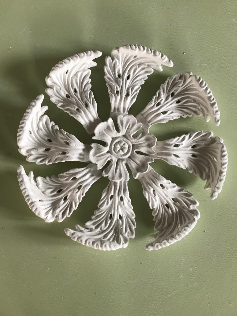 CPL11 Leaf Centrepiece