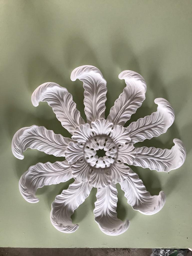 CPL 17 Leaf Centrepiece