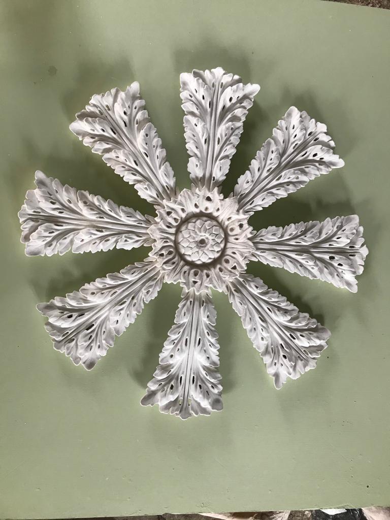 CPL 30 Leaf Centrepiece