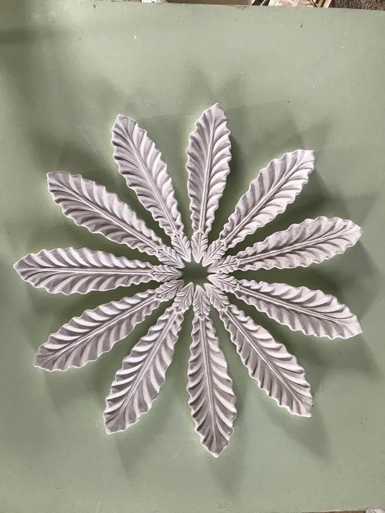 CPL 35 Leaf Centrepiece